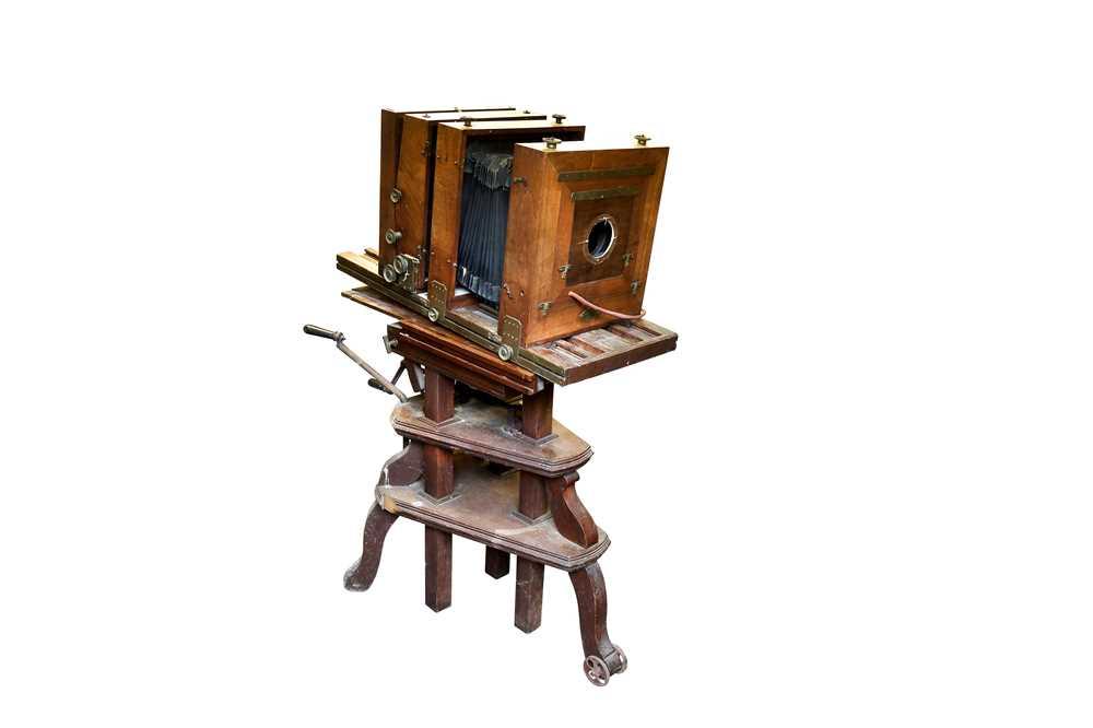 Lot 19 - A Tailboard Studio Camera with A fine Articulating Victoria Camera Stand