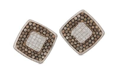 Lot 16 - A pair of diamond earrings
