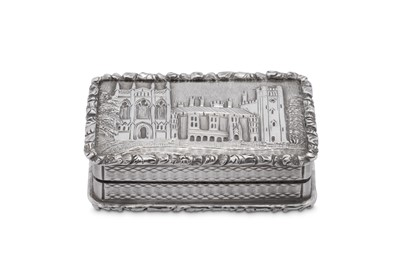 Lot 11 - A William IV sterling silver 'castle top' vinaigrette, Birmingham 1835 by Taylor and Perry