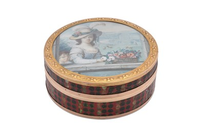 Lot 30 - A Louis XV late 18th century French gold mounted portrait miniature inset snuff box, Paris circa 1770
