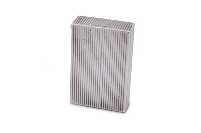 Lot 38 - A George VI sterling silver lighter, Birmingham 1950 by Bach & Cooper