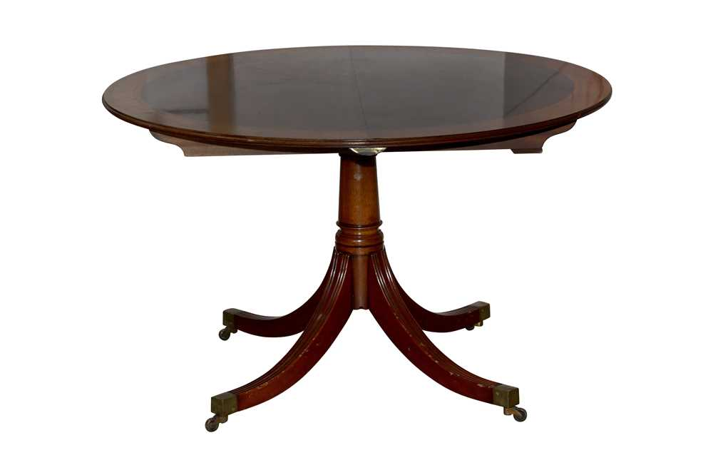 Lot 20 - A REGENCY STYLE MAHOGANY D END EXTENDING DINING TABLE, LATE 20TH CENTURY