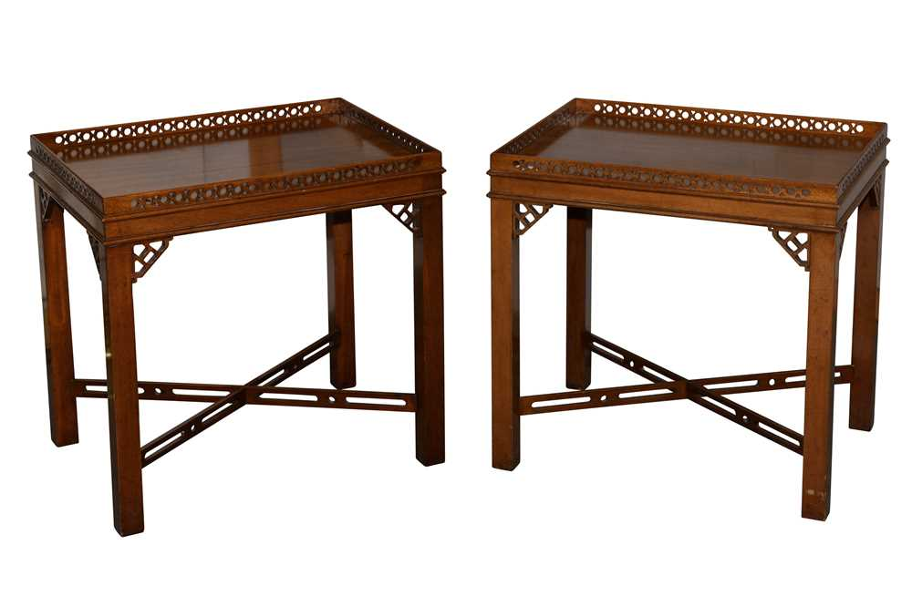Lot 7 - A PAIR OF RESTALL BROWN & CLENNELL MAHOGANY CHINESE CHIPPENDALE STYLE LAMP TABLES, LATE 20TH CENTURY