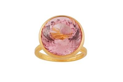 Lot 21 - A pink tourmaline single-stone ring