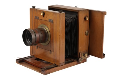 Lot 41 - A Whole Plate Wooden Studio Camera