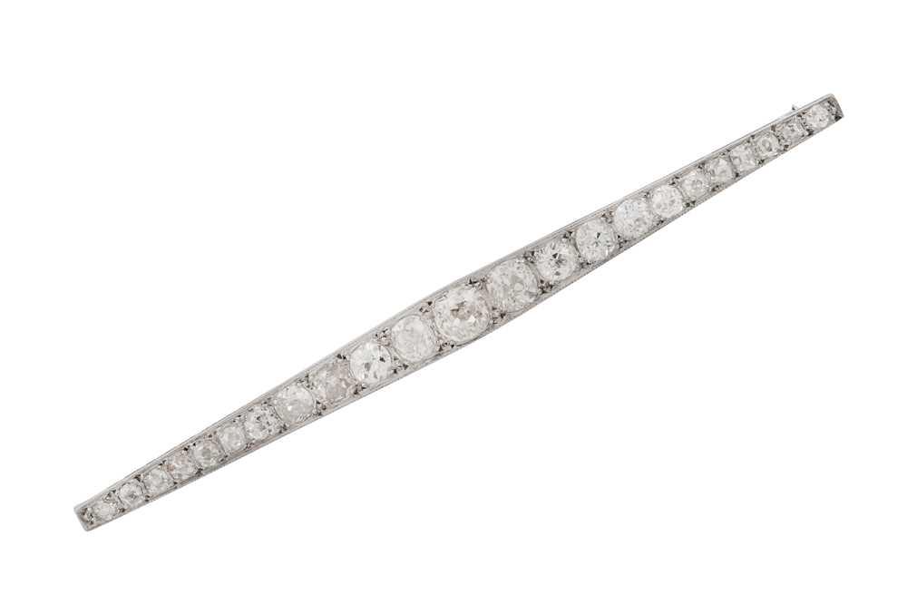 Lot 6 - A diamond bar brooch, circa 1920
