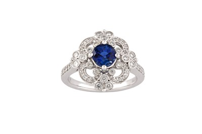 Lot 94 - A sapphire and diamond ring