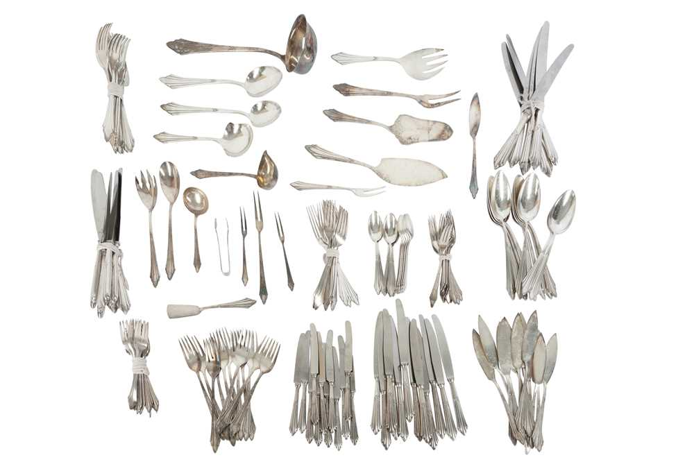 Lot 131 - AN EXTENSIVE WMF SILVER PLATED CANTEEN OF CUTLERY