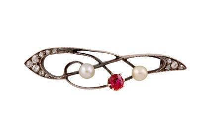 Lot 93 - A ruby, pearl and diamond brooch, circa 1900