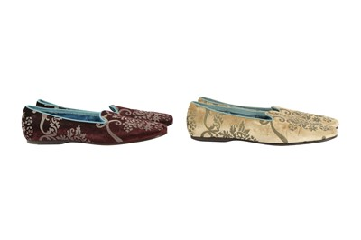 Lot 17 - Two Pairs Gucci Velvet Slip On Loafers - Size 41