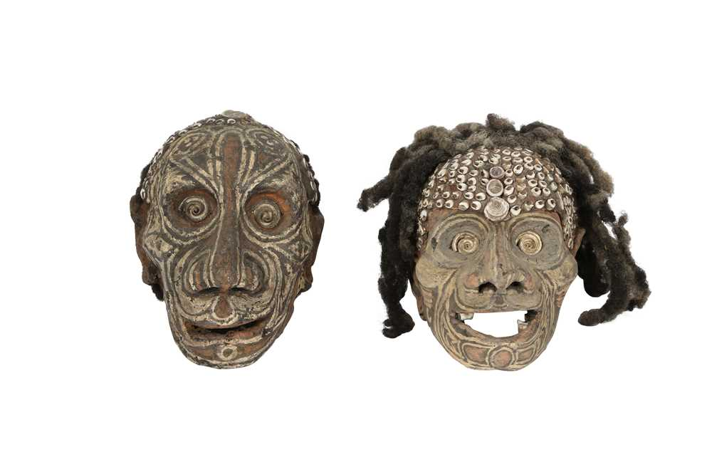 Lot 37 - TRIBAL INTEREST: TWO SEPIK RIVER (PAPUA NEW GUINEA)  HUMAN SKULLS