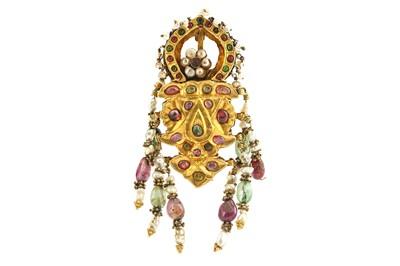 Lot 359 - A CENTRAL ASIAN GEM-ENCRUSTED GOLD BROOCH