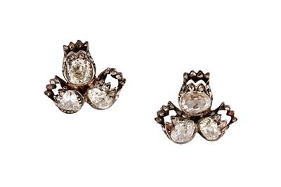 Lot 52 - A pair of diamond earstuds, circa 1880