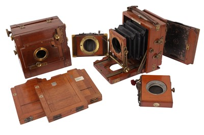 Lot 21 - A Lancaster Instantograph and an unmarked Tailboard with DDS & Shutters (missing lenses)