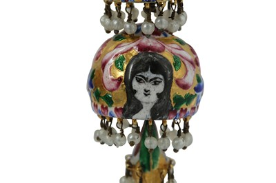 Lot 117 - A PAIR OF POLYCHROME-PAINTED ENAMELLED GILT-COPPER EARRINGS
