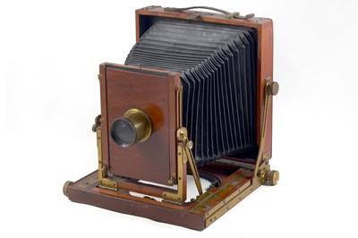 Lot 5 - Unnamed Wood & Brass Half Plate Field Camera.