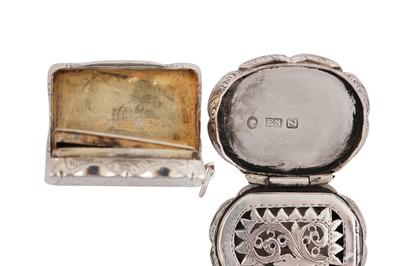Lot 30 - A Victorian sterling silver vinaigrette, Birmingham 1848 by Edward Smith