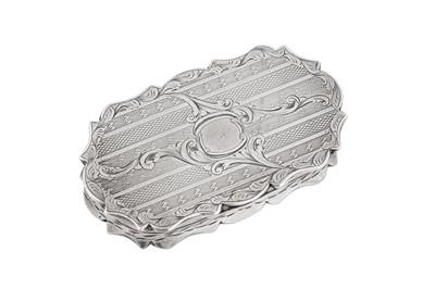 Lot 10 - A Victorian sterling silver snuff box, Birmingham 1847 by Francis Crump