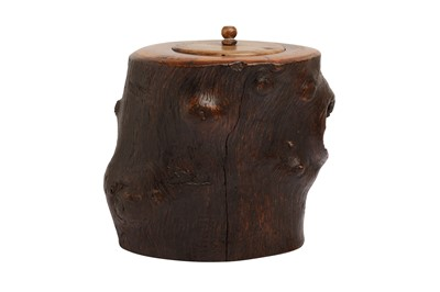 Lot 92 - A NATURALISTIC FRUITWOOD TOBACCO OR BISCUIT JAR, LATE 19TH/20TH CENTURY