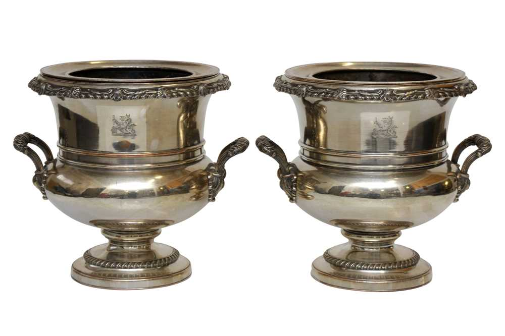 Lot 29 - A PAIR OF GEORGE IV OLD SHEFFIELD SILVER PLATE WINE COOLERS, SHEFFIELD CIRCA 1820