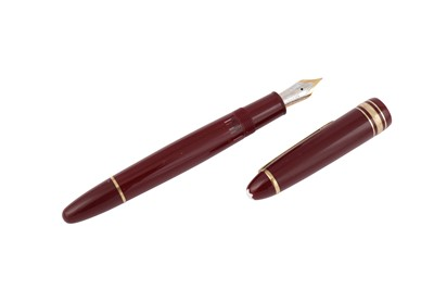 Lot 62 - A GERMAN MONTBLANC MEISTERSTUCK 'LE GRAND' FOUNTAIN PEN NUMBERED 146