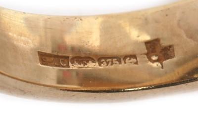 Lot 15 - A SINGLE DIAMOND RING