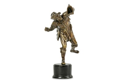 Lot 26 - A BRONZE STATUETTE OF A FOWLER, PROBABLY...