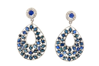 Lot 60 - A pair of sapphire and diamond pendent earrings